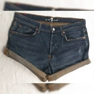 7 For all Mankind 33 Cut off Shorts Dark Wash